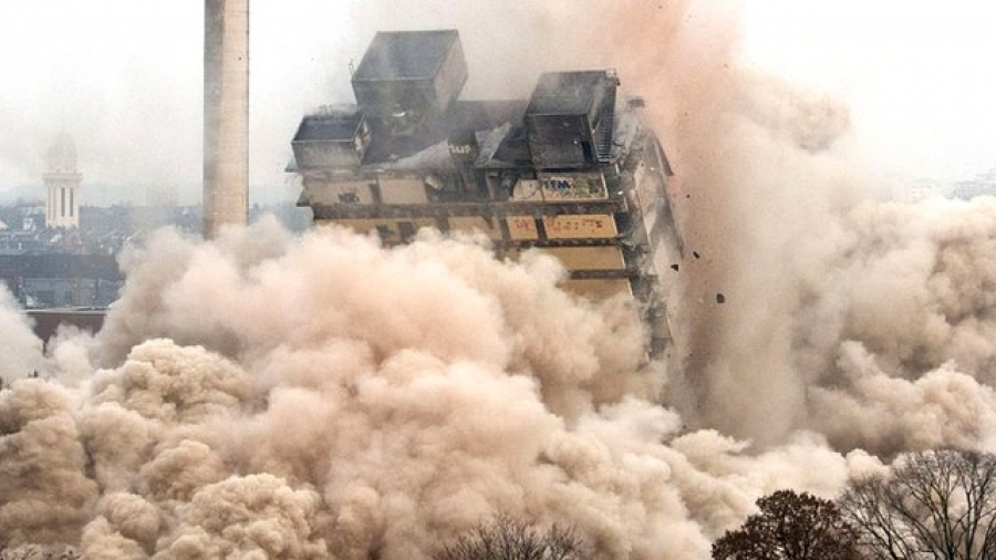 Thousands gathered to watch the demolition of the Frankfurt AFE Tower