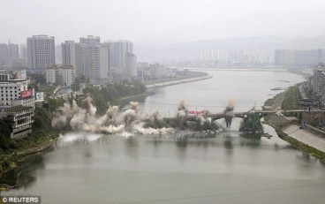 Video: Impressive Bridge Explosion in China