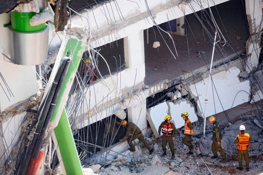 An under construction underground parking structure collapses in Tel Aviv: 2 people dead