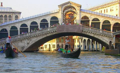 interesting bridges rialto bridge2