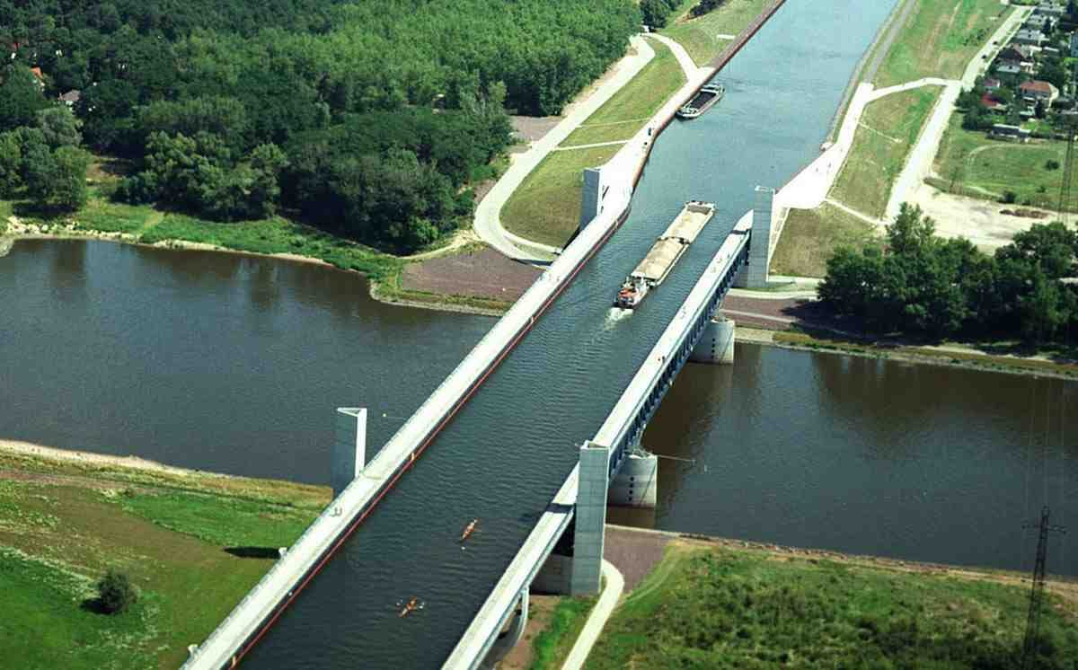 interesting bridges Magdeburg1