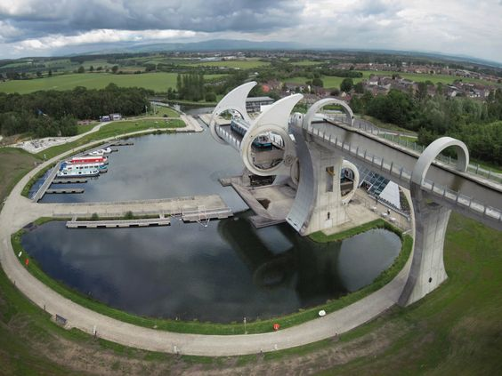 interesting bridges Falkirk wheel 2