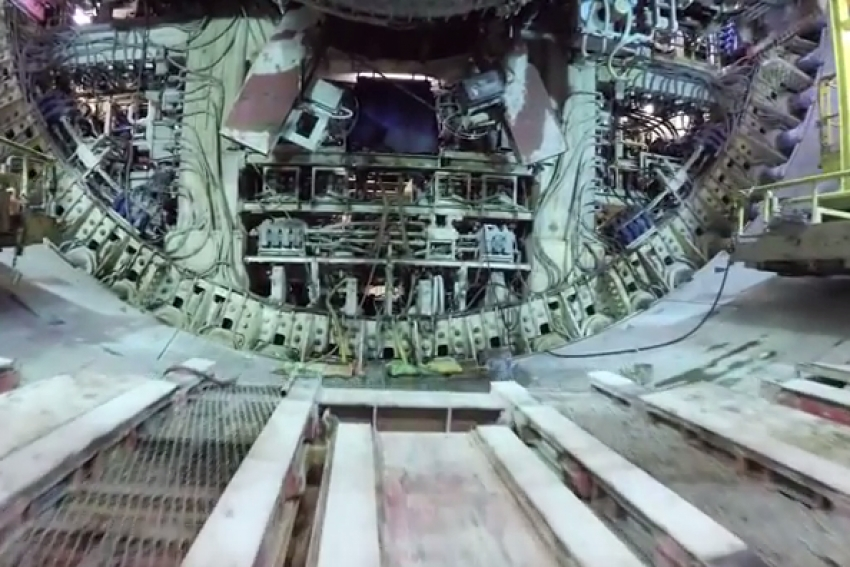 A screen grab from video recorded inside Seattle's SR 99 tunnel as the drone arrives at Bertha's cutterhead. (Via WSDOT)