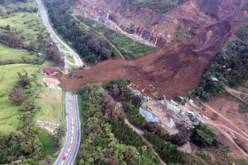 Two Scottish and a Colombian Universities use WhatsApp to predict landslides in Latin America