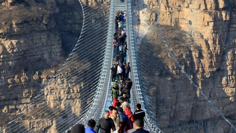 glass bridge China3