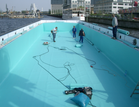floating pool Berlin12