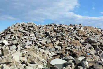 New method to transform construction waste into useful materials