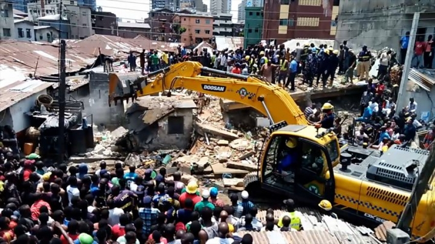 Nigeria school building collapse