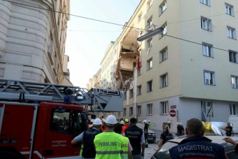 Gas explosion in Vienna: 2 buildings partially collapse