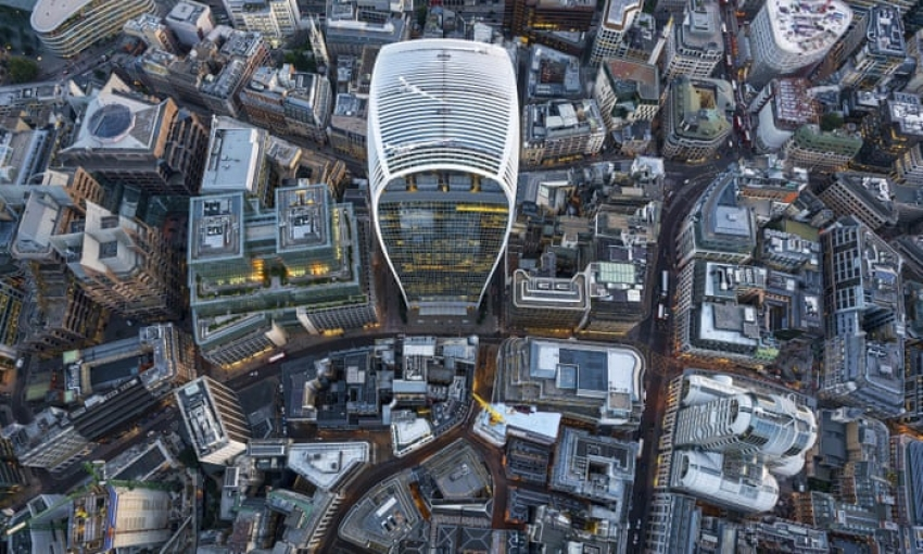 London changes skyscraper building regulations in fear of high winds in the streets